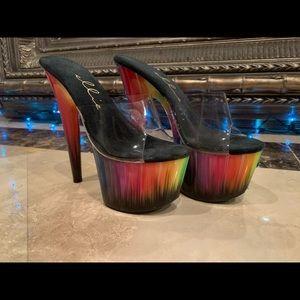 Ellie Rainbow Heels Size 6